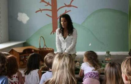 Mendongeng dalam Kegiatan Belajar Mengajar
